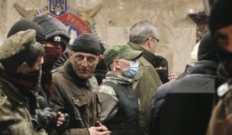 Kijevben a hadiállapot bevezetését fontolgatják