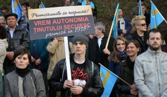 Továbbra sem végleges az autonómiatervezet