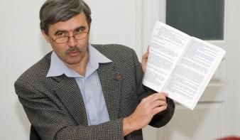 Az RMDSZ a romániai magyarság súlyát és számarányát tükröző választási rendszert szeretne