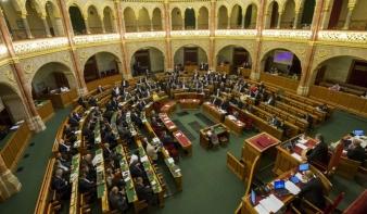 Az uniós pénzek felhasználásáról tárgyal a parlament