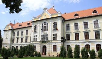 A Legfelsőbb Bírói Tanácshoz fordult az RMDSZ a marosvásárhelyi katolikus líceum ügyében - a Transindex.ro portálról