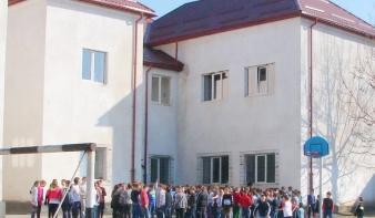 Pályázni is érdemes iskolaszépítés ügyben Felsőbányán
