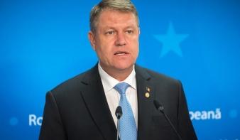 Johannis aláírta a két miniszteri tisztség megüresedését megállapító dekrétumot