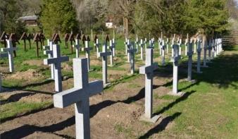 Úzvölgyi temetőfoglalás: élőlánccal akadályoznák meg a román parcella felavatását