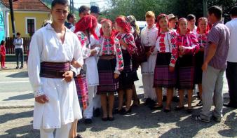 Magyar misét remélnek a csángók a moldvai egyházmegye új római katolikus püspökének beiktatásától