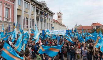 Ismét benyújtották a parlamentbe Székelyföld autonómiastatútumának tervezetét