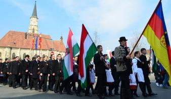 Leszavazta a képviselőház emberi jogi bizottsága, hogy március 15. ünnepnap legyen