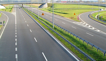 Elkészült a magyar M4-es autópálya határmenti szakasza, amelyet az észak-erdélyi autópályával kötnek össze