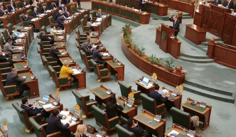 Megszavazta a szenátus az RMDSZ javaslatát, szeptember 27-én lehetnek a helyhatósági választások