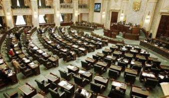 Elutasította a szenátus jogi bizottság az USR kétnapos szavazási javaslatát