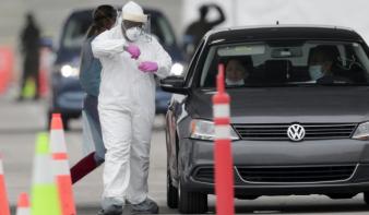 Világjárvány: a fertőzöttek száma meghaladta a 41,1 milliót, meghalt 1,1 millió beteg