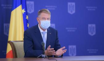 lyen még nem volt: Klaus Iohannis üzent a magyaroknak a nemzeti ünnepükön