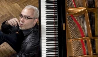 INTERJÚ Thurzó Zoltán zongoraművésszel