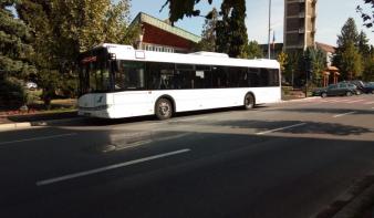 Augusztus elsejétől a nyugdíjasok ingyen utazhatnak a buszokon