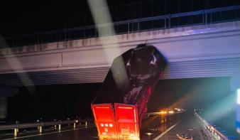 Ijesztő baleset történt a dél-erdélyi autópályán