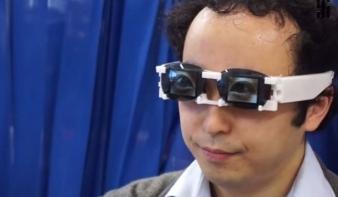 Feltalálták az érzelmek leplezésére alkalmas szemüveget