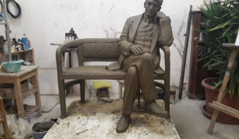 Zilahon is leülhetünk Ady Endre mellé – Köztéri szobrot kap a város híres diákja