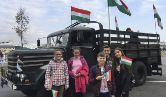 Gloria Victis! - szamosardói vetélkedőgyőztesek Budapesten