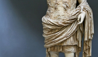 Kétezer éve halt meg az első polgár