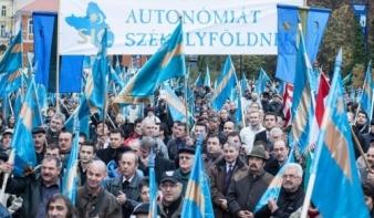 Együtt tiltakoznak a magyar szervezetek Csíkszeredában
