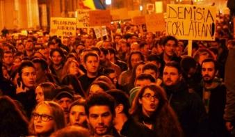 ",,Mickey Mouse"" ellen tüntetett Kolozsvár"