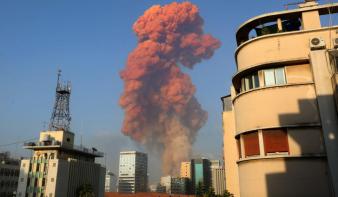 Legalább 78 halottja és több ezer sebesültje van a bejrúti robbanásnak