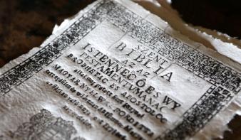 Véres politikai harc segítette a reformációt