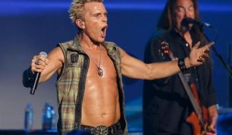 Kolozsváron koncertezik Billy Idol