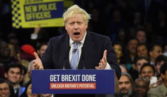 Meglett az abszolút többsége a Brit Konzervatív Pártnak