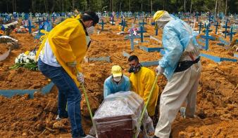 Egyetlen nap alatt több mint 4 ezer koronavírusos beteg halt meg Brazíliában