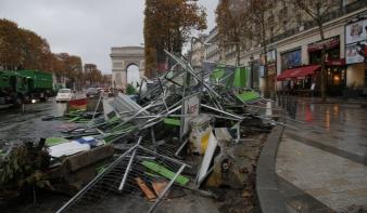 Ismét fellázadt Párizs népe Macron rezsimje ellen