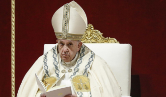A pápa elvetette a cölibátus részleges feloldását