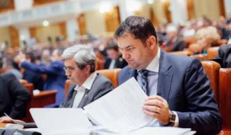 Anyanyelv-használati jog: Cseke Attila szerint a PSD szabotálja a közigazgatási törvénykönyv módosítását