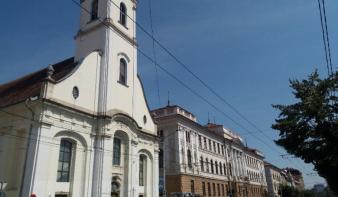 A lépő ember – Dávid Ferenc első egész alakos szobrát állítják fel Kolozsváron