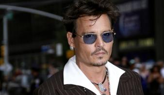 Johnny Depp és Warren Buffett is görög szigetet vásárolt