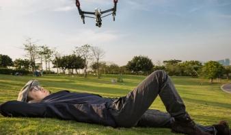 Korlátoznák a drónok szabadságát