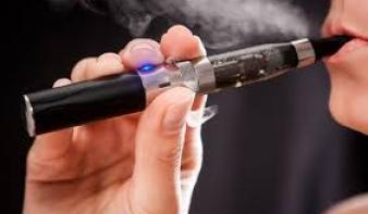 Harcot indít az e-cigi ellen a WHO