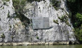 Felavatták a Nagy Kazán-szorosban Széchenyi István emléktábláját