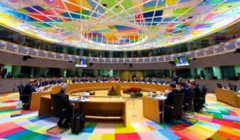 EU-csúcs a migrációról: egyetértettek abban, hogy nem értenek egyet
