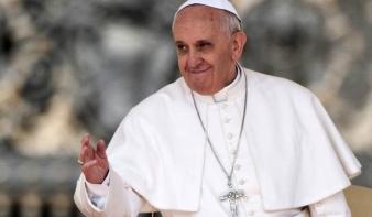 Útmutatást adott a hamis hírek terjesztésével szemben Ferenc pápa
