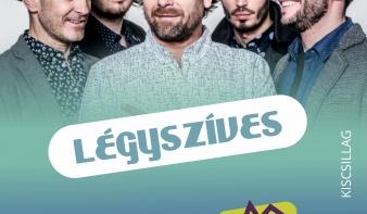 A Kiscsillag alternatív rockzenekar a Főtér Fesztivál 2018 színpadán