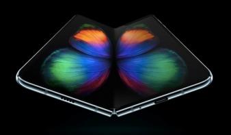 Íme a Samsung eddigi legizgalmasabb telefonja: májustól kapható az összehajtható Galaxy Fold