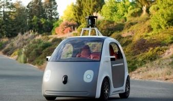 Itt a Google kormány nélküli autója - VIDEÓ