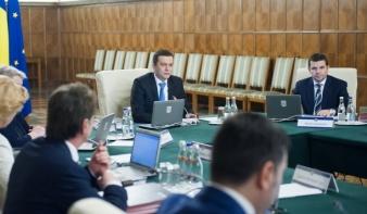 Átalakul a Grindeanu-kormány: négy minisztérium élén lesz változás