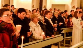 Gyertyaszentelés és balázsáldás – egyházi ünnepek február első napjaiban