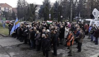 Háromszéki tiltakozás a magyar himnuszéneklés bírságolása miatt