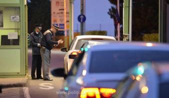Harminc országból érkező beutazóknak kell karanténba vonulniuk Romániában, köztük van Magyarország is