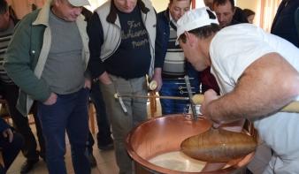 A szórványban nincs alternatívája a magyar gazdák összefogásának – közösen terveznek Máramarosban a falugazdász segítségével