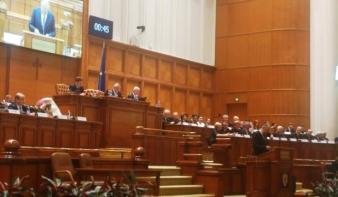 Kelemen Hunor a parlamentben: jövőképe sincs Romániának