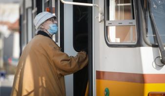 Koronavírus: Ezekre figyeljenek oda nagyon az idősek